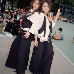 matching_tux_girls.2